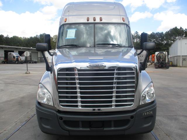 2015 Freightliner Cascadia for sale-59218882