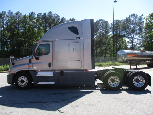 2014 Freightliner Cascadia for sale-59212211
