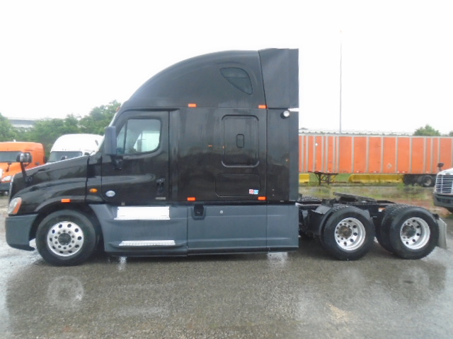 2014 Freightliner Cascadia for sale-59212193