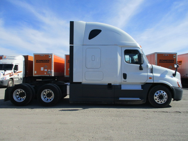 2015 Freightliner Cascadia for sale-59275007