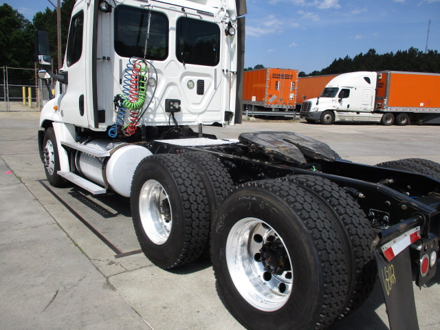2013 Freightliner Cascadia for sale-59218907