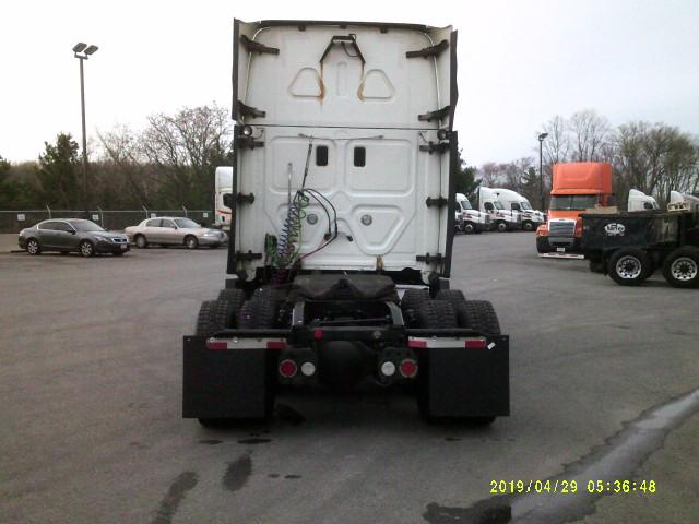 2015 Freightliner Cascadia for sale-59218910