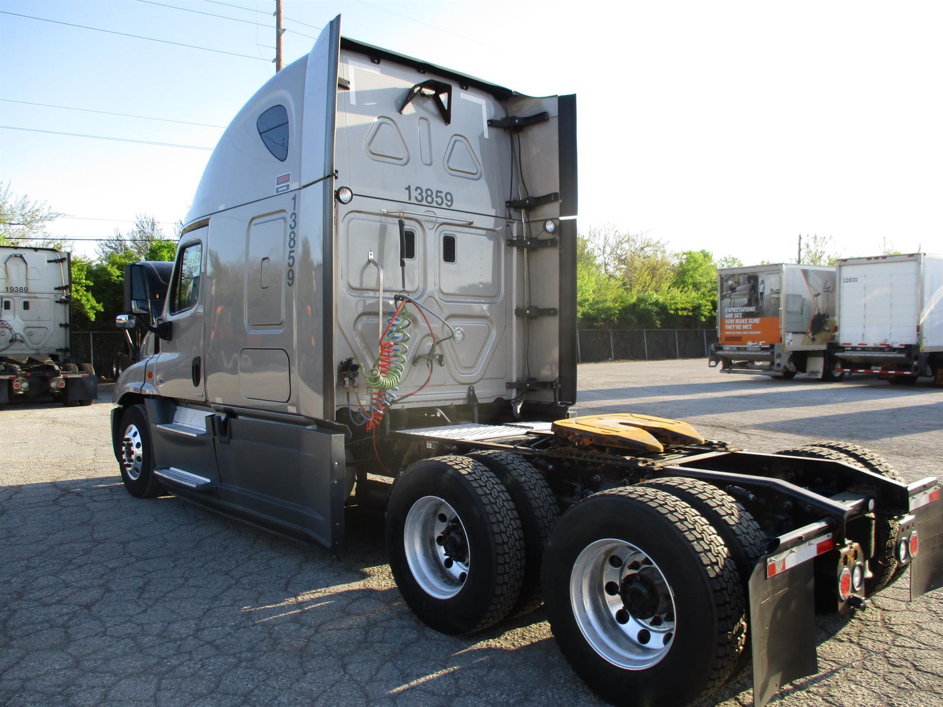 2015 Freightliner Cascadia for sale-59283251