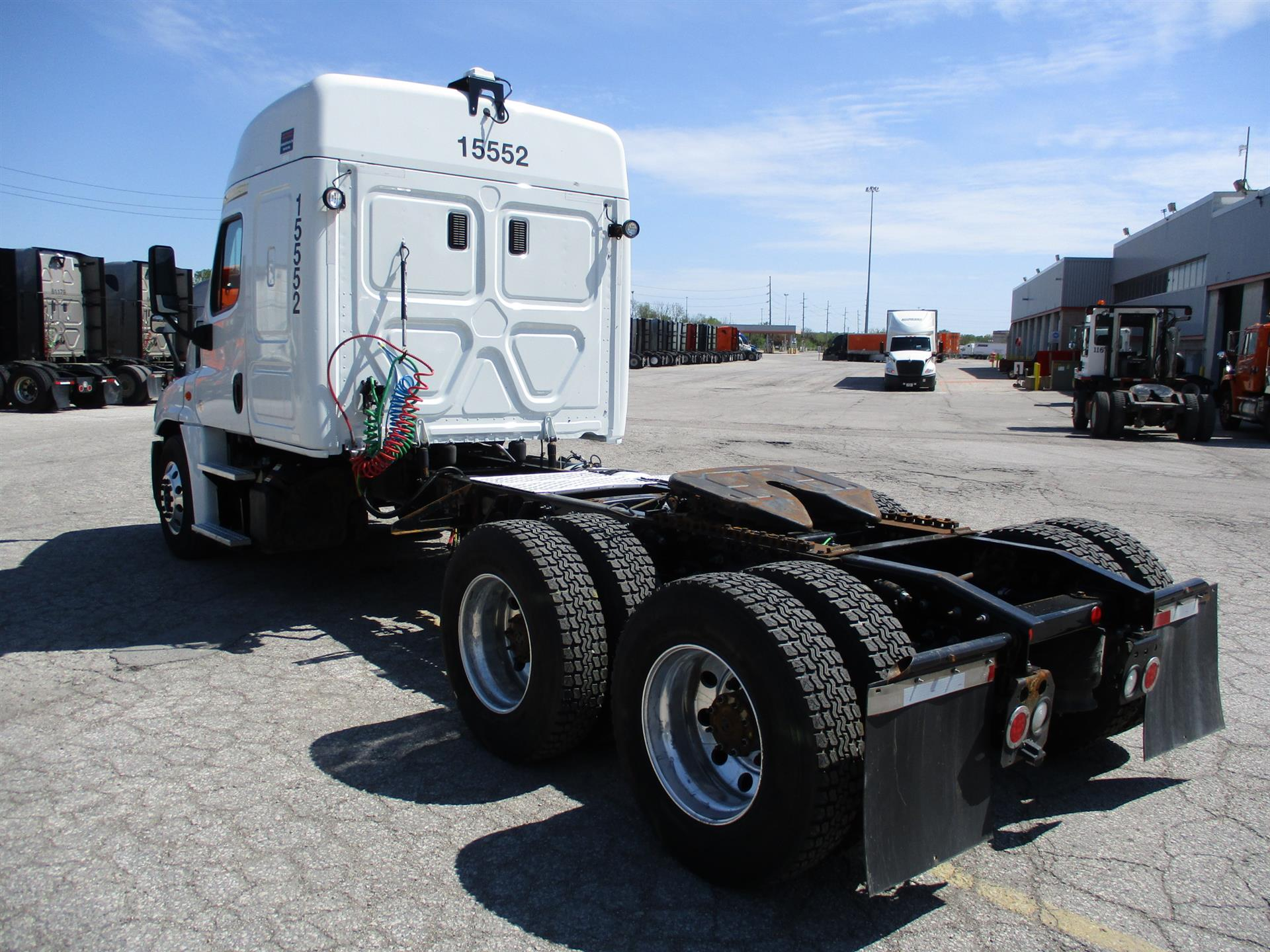 2015 Freightliner Cascadia for sale-59212690