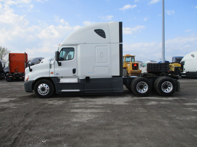 2015 Freightliner Cascadia for sale-59212691