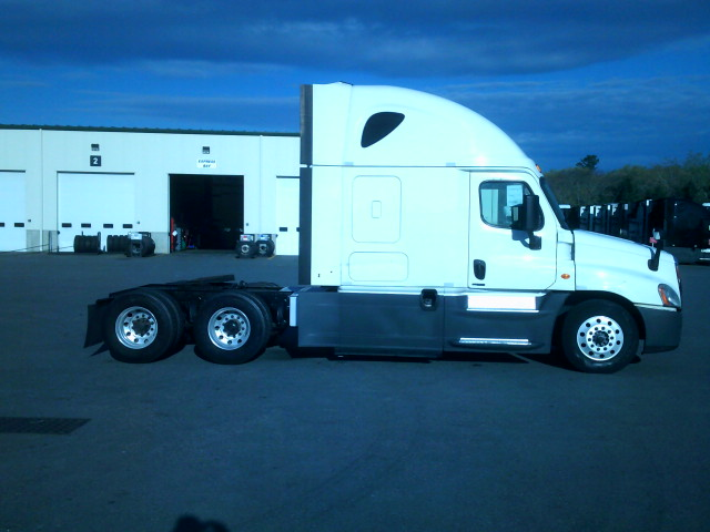 2015 Freightliner Cascadia for sale-59218919