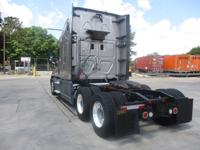 2015 Freightliner Cascadia for sale-59218924