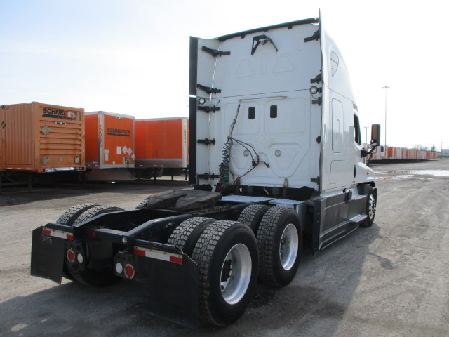 2015 Freightliner Cascadia for sale-59218925