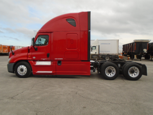 2015 Freightliner Cascadia for sale-59233818