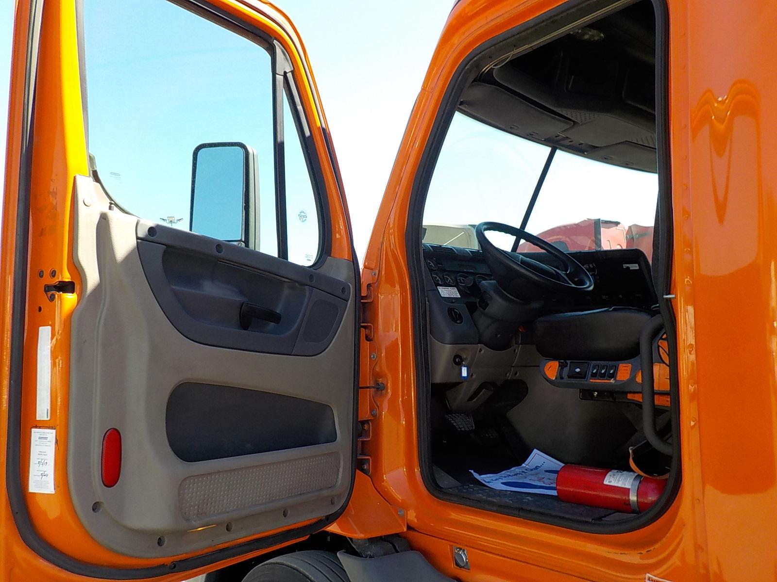 2014 Freightliner Cascadia for sale-59218586