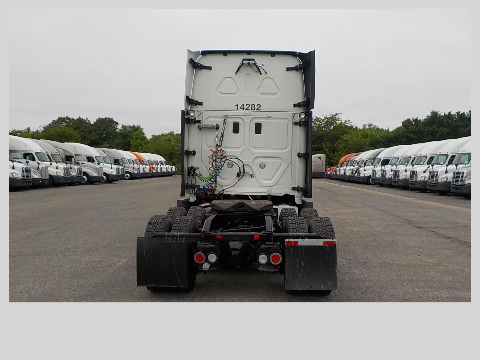 2015 Freightliner Cascadia for sale-59264126