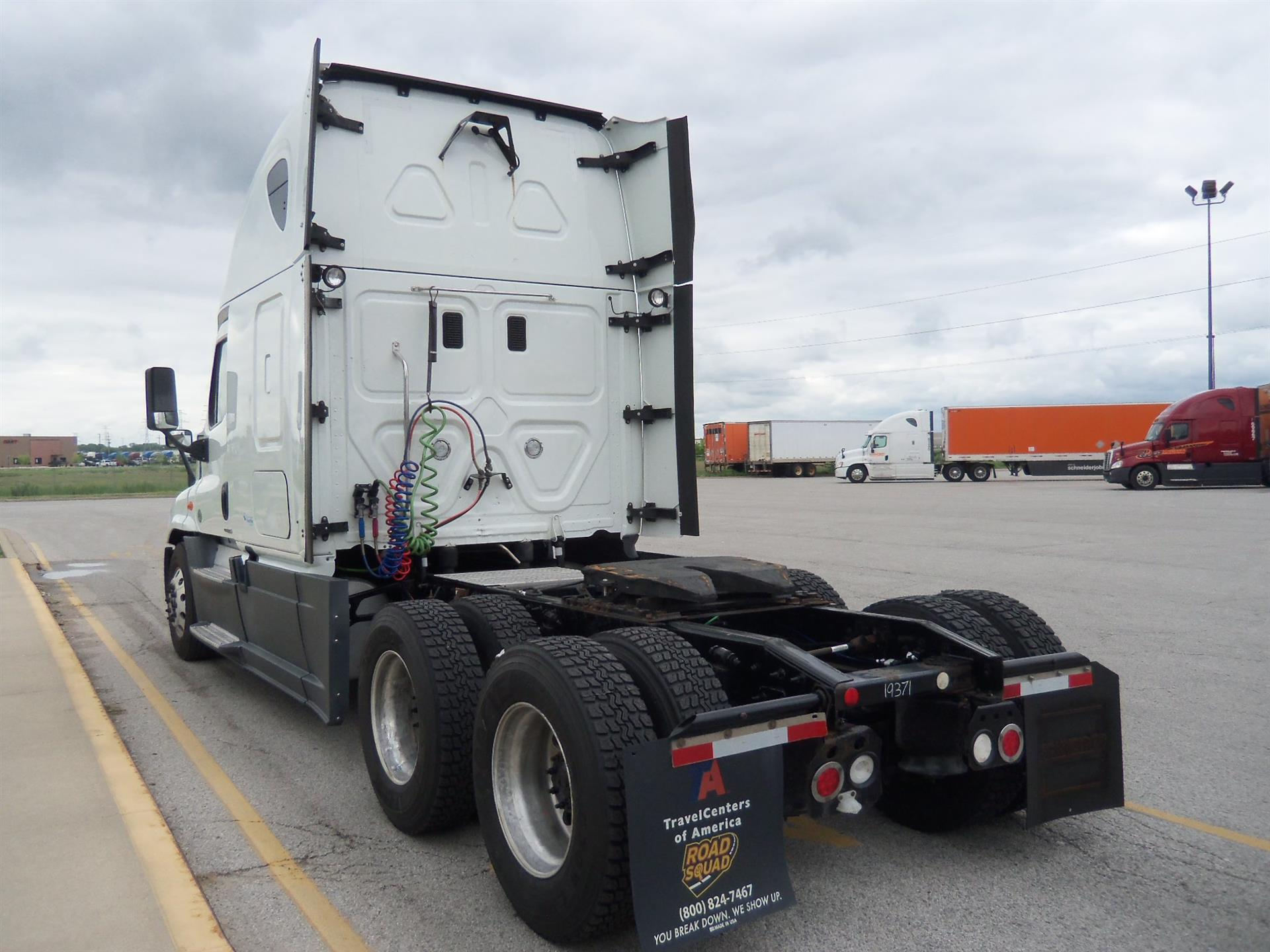 2015 Freightliner Cascadia for sale-59218602