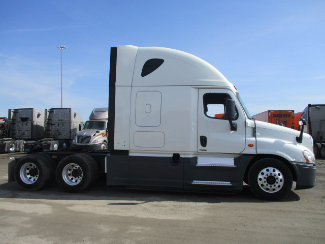 2015 Freightliner Cascadia for sale-59275046