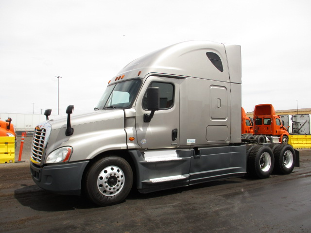 2015 Freightliner Cascadia for sale-59218935