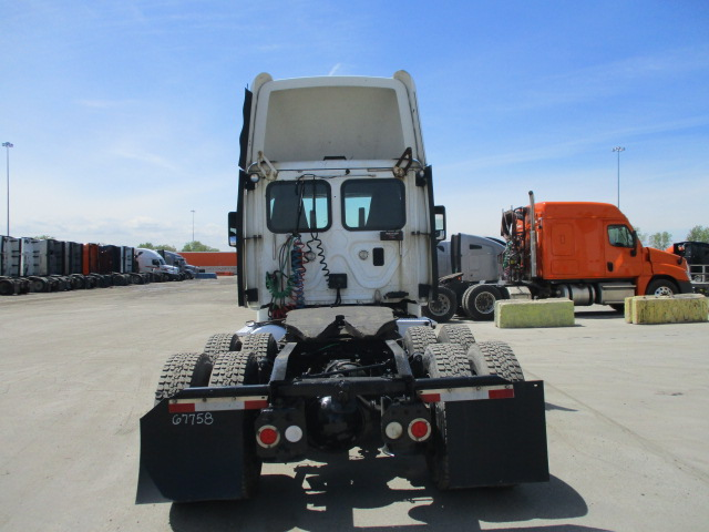 2013 Freightliner Cascadia for sale-59256827