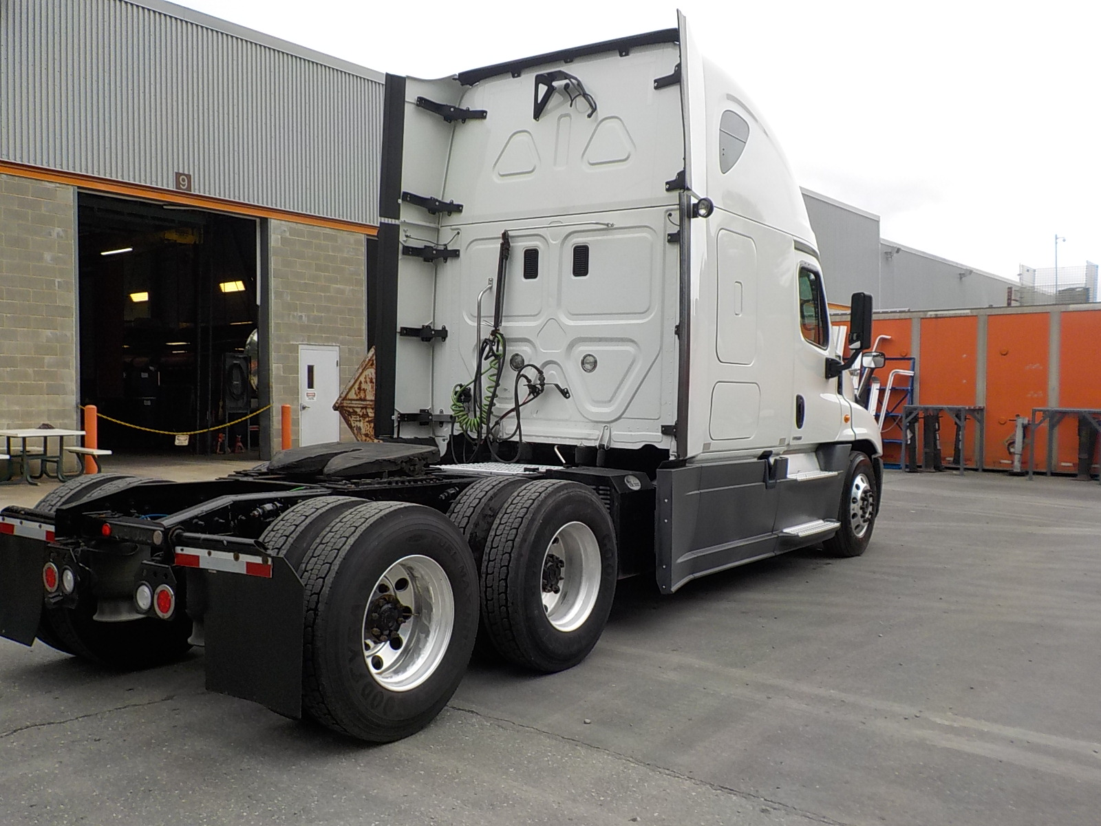 2015 Freightliner Cascadia for sale-59218954