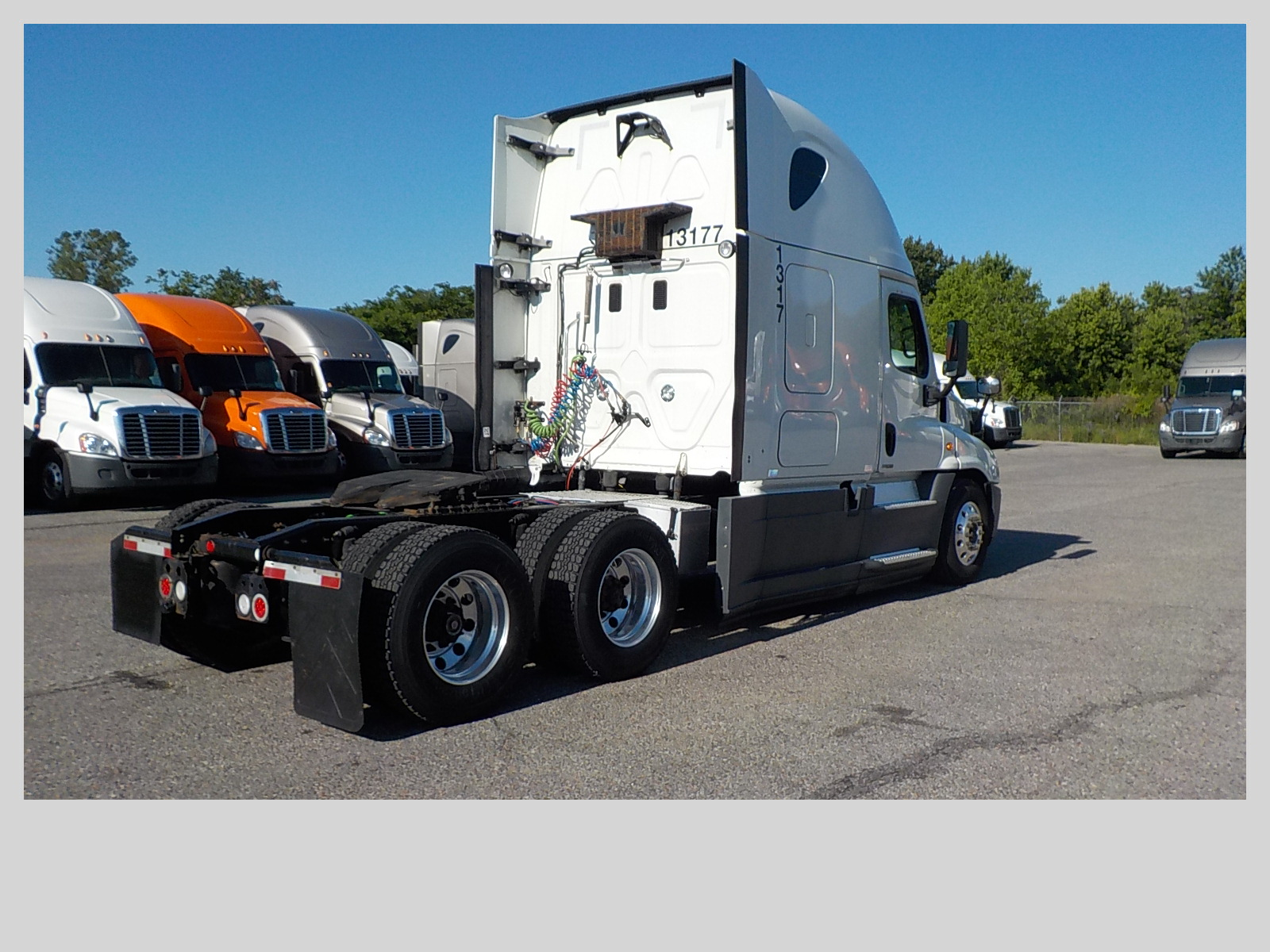 2015 Freightliner Cascadia for sale-59218961