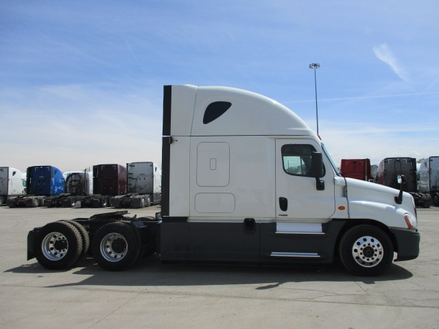 2016 Freightliner Cascadia for sale-59218955