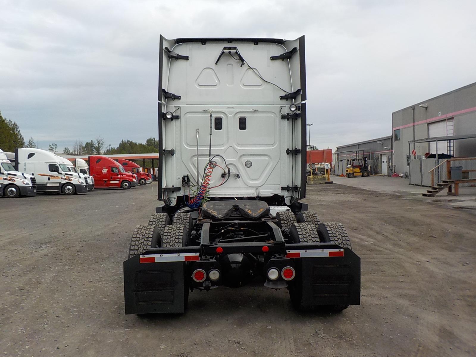 2015 Freightliner Cascadia for sale-59275061