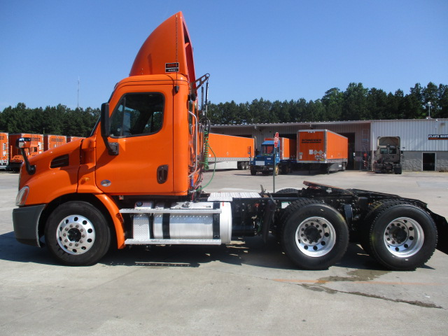 2012 Freightliner Cascadia for sale-59266760