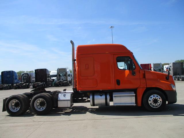 2014 Freightliner Cascadia for sale-59256883