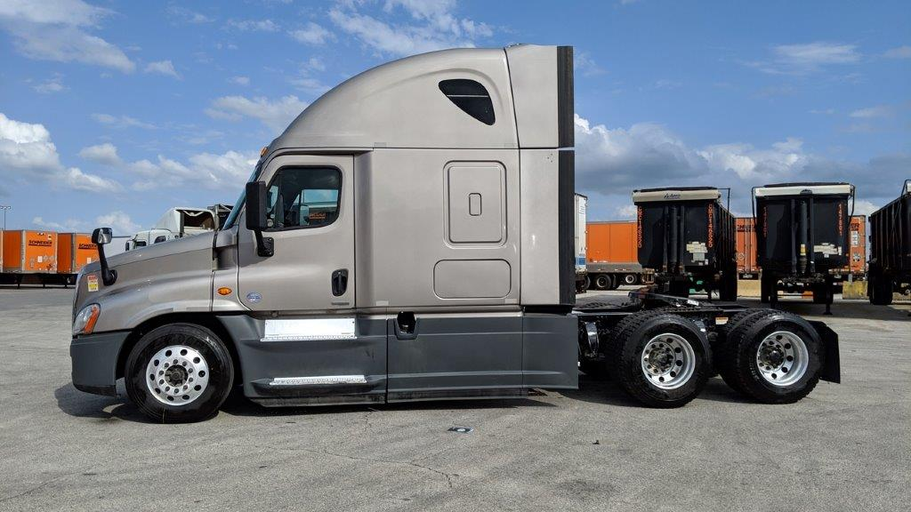 2015 Freightliner Cascadia for sale-59220059