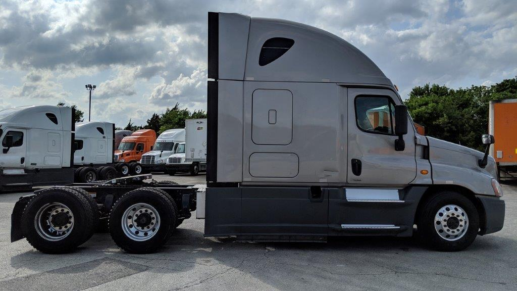 2015 Freightliner Cascadia for sale-59275080