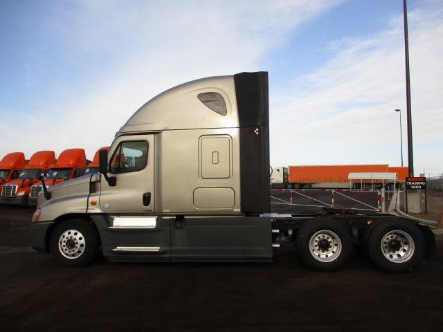 2015 Freightliner Cascadia for sale-59220175