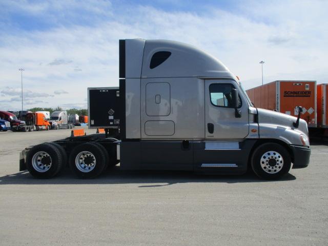 2015 Freightliner Cascadia for sale-59275087