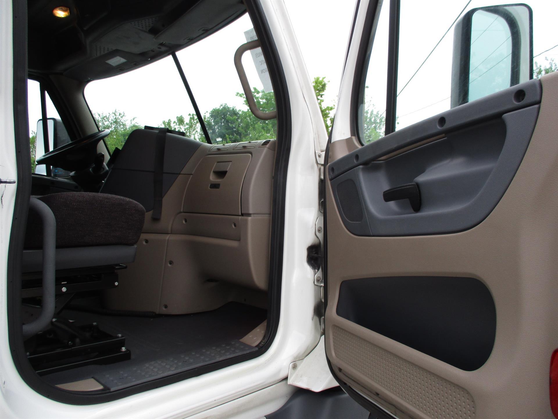 2015 Freightliner Cascadia for sale-59220188