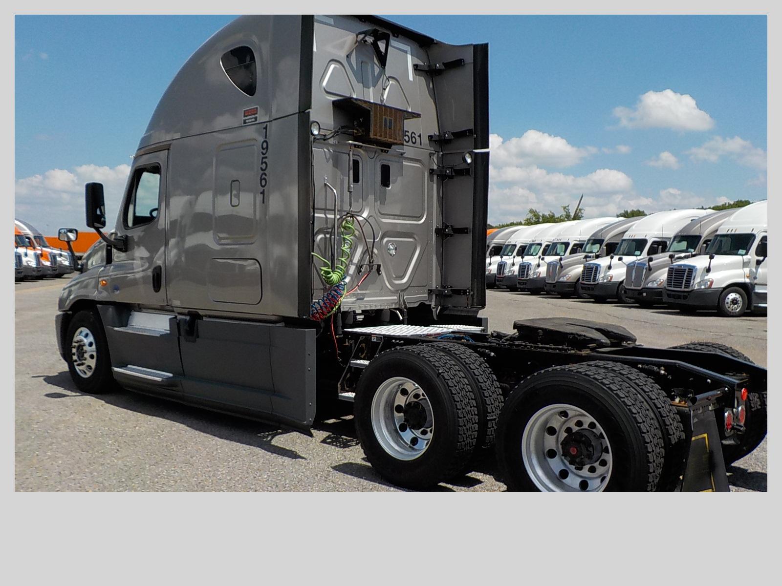 2015 Freightliner Cascadia for sale-59276879