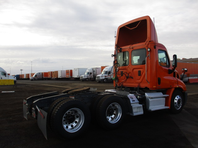 2012 Freightliner Cascadia for sale-59220171