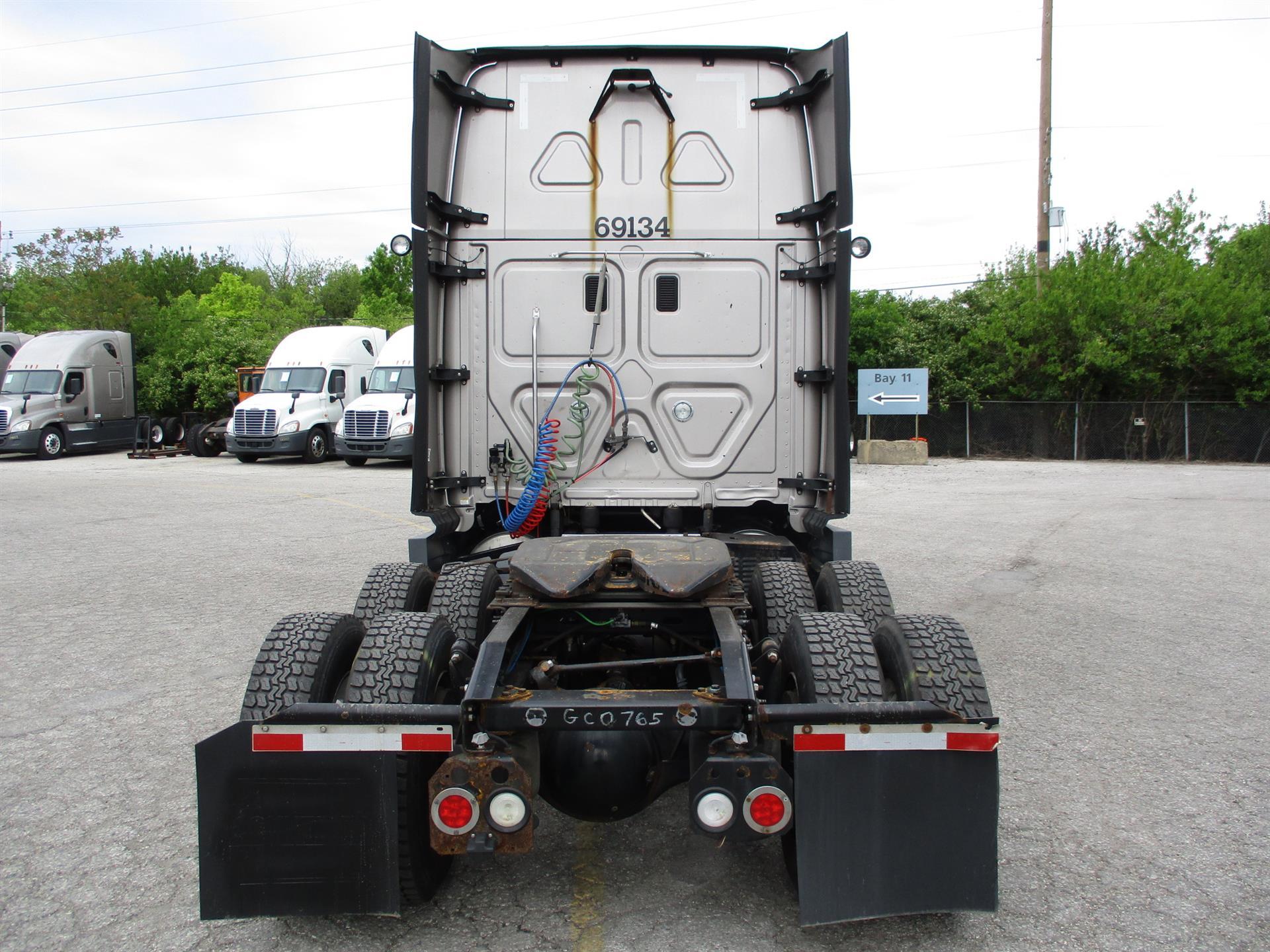 2015 Freightliner Cascadia for sale-59275096