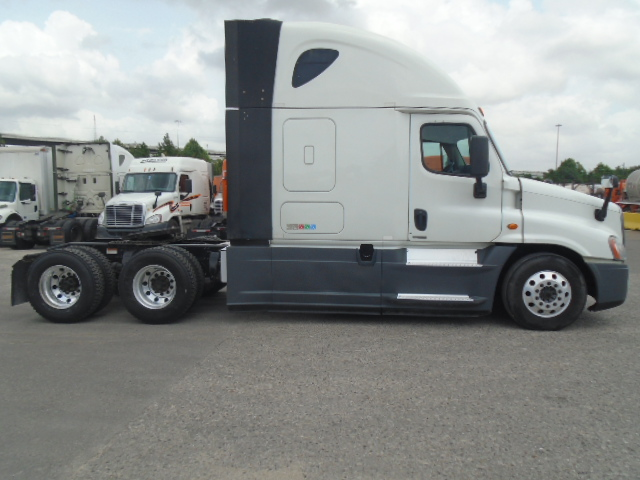 2015 Freightliner Cascadia for sale-59220329