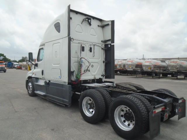 2015 Freightliner Cascadia for sale-59275098