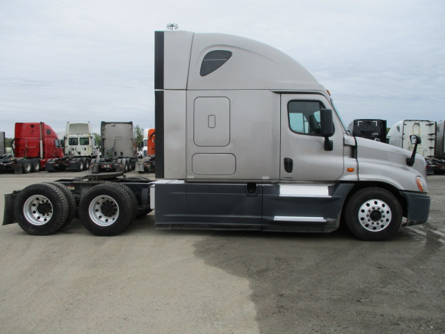 2015 Freightliner Cascadia for sale-59220331