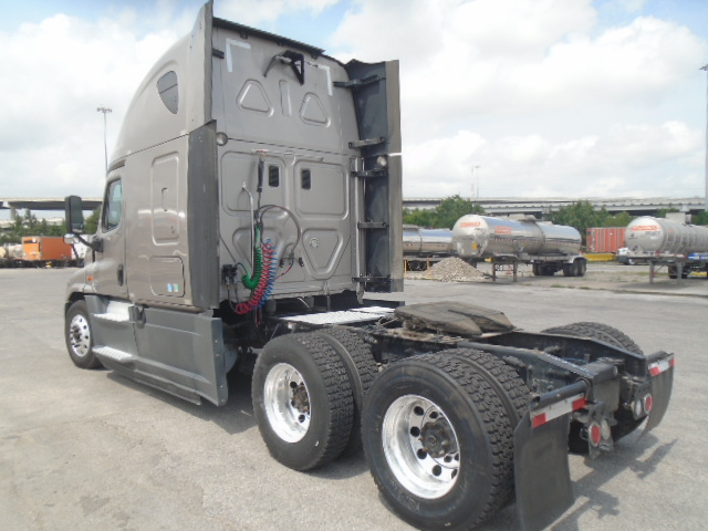 2015 Freightliner Cascadia for sale-59220332