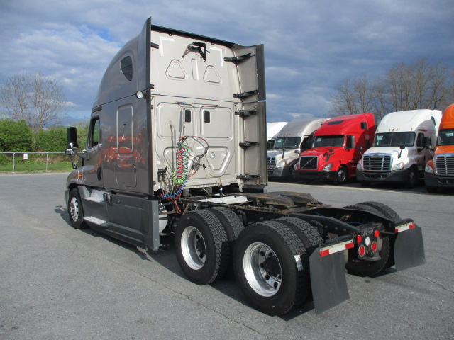 2015 Freightliner Cascadia for sale-59274852