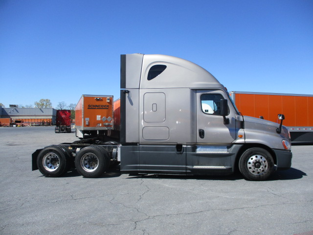 2015 Freightliner Cascadia for sale-59220314