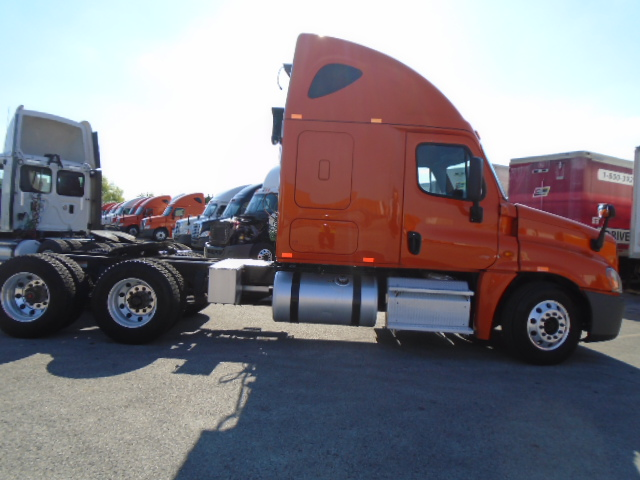 2014 Freightliner Cascadia for sale-59220317