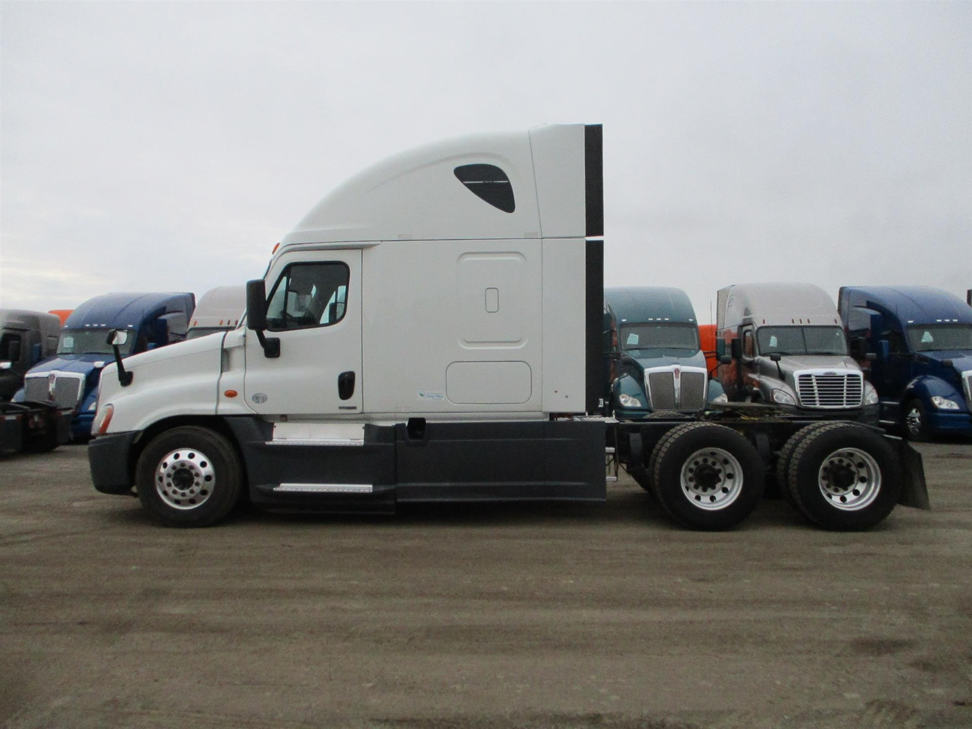 2015 Freightliner Cascadia for sale-59233817
