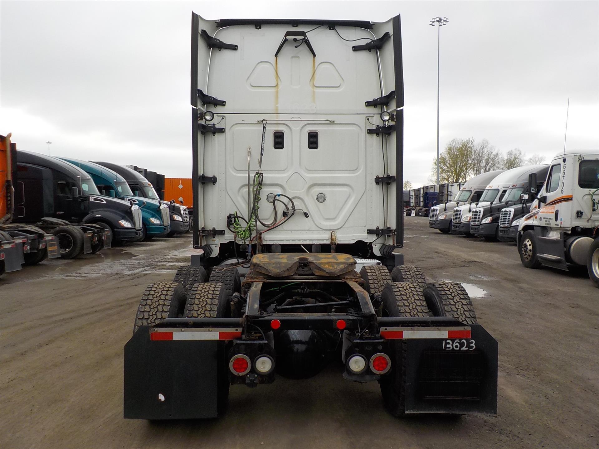 2015 Freightliner Cascadia for sale-59220417