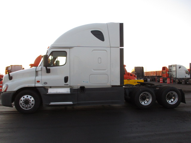 2015 Freightliner Cascadia for sale-59220424