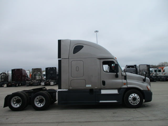 2015 Freightliner Cascadia for sale-59220425