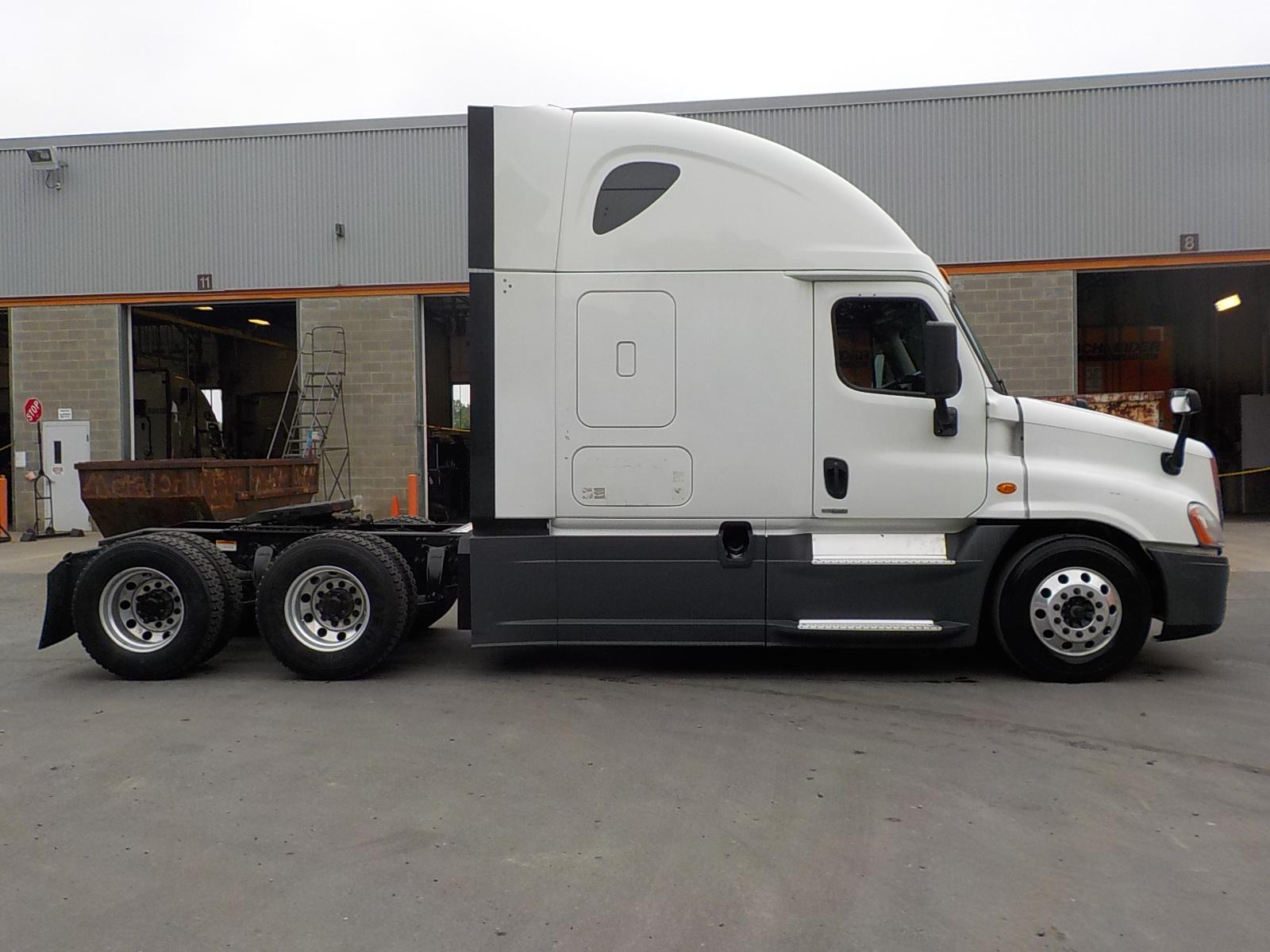 2015 Freightliner Cascadia for sale-59275107
