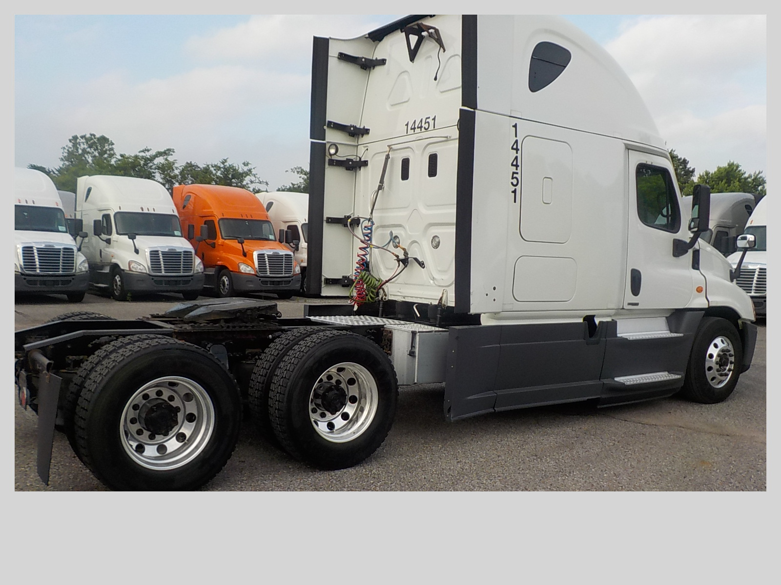 2015 Freightliner Cascadia for sale-59275110