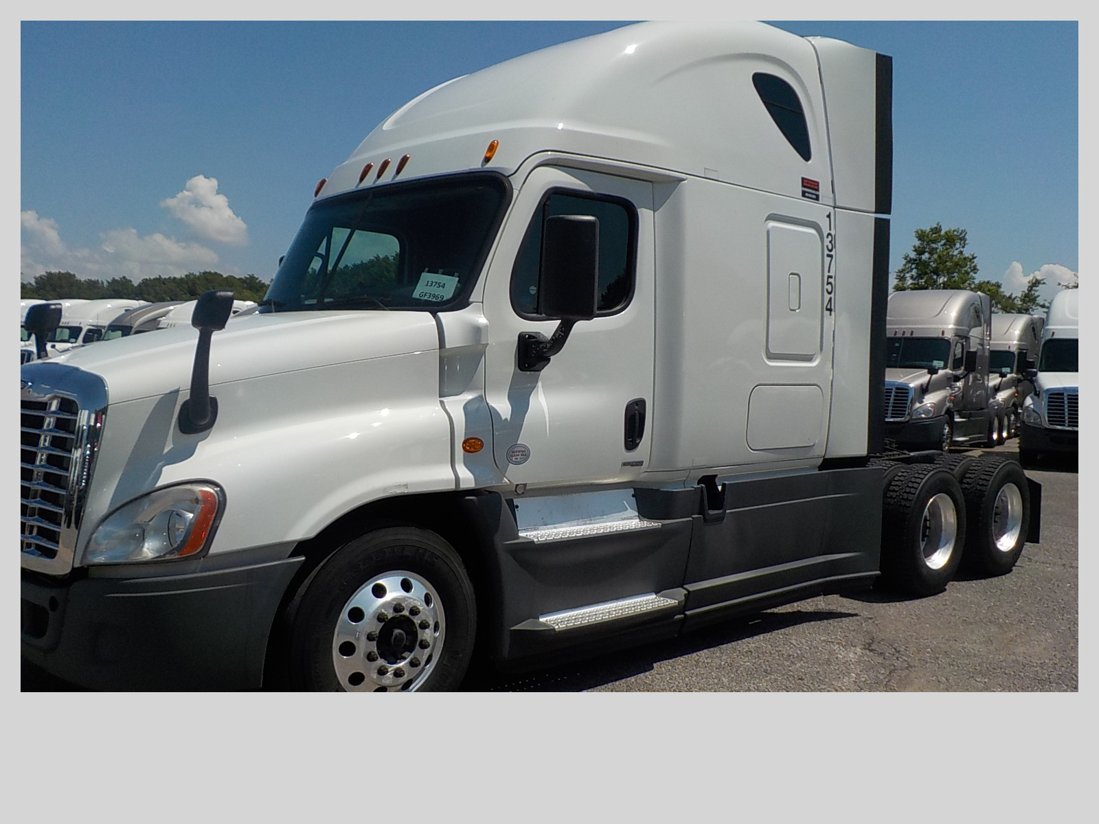 2015 Freightliner Cascadia for sale-59275113