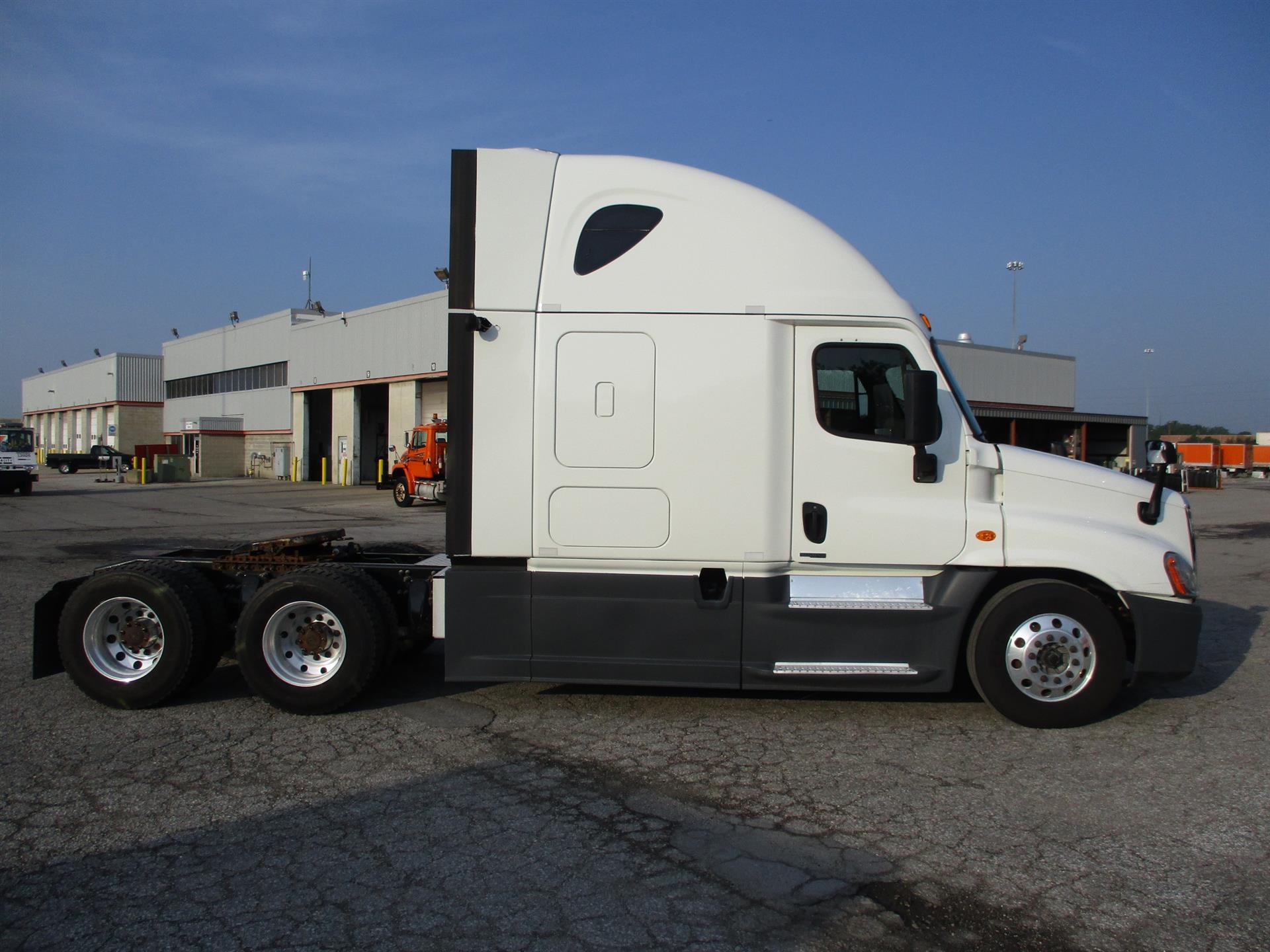 2015 Freightliner Cascadia for sale-59275129
