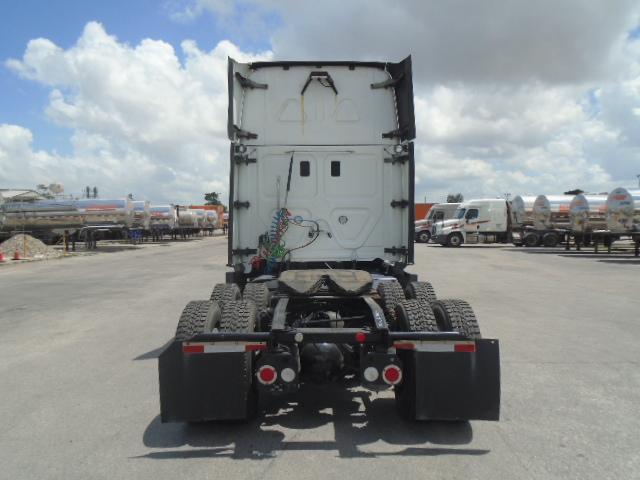 2015 Freightliner Cascadia for sale-59275127