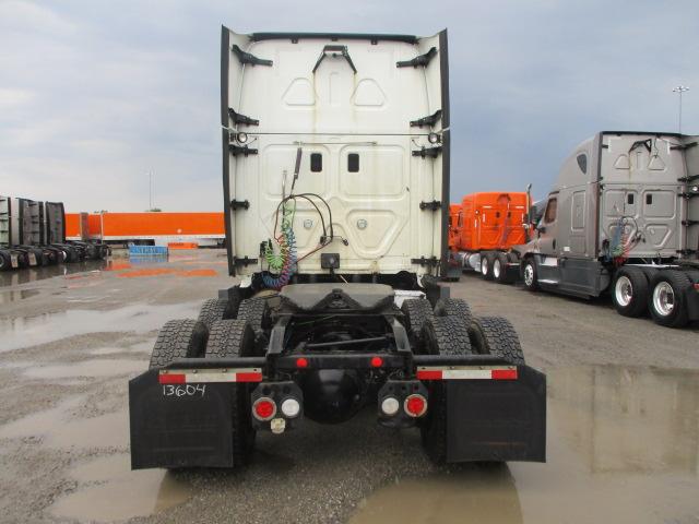 2015 Freightliner Cascadia for sale-59275131